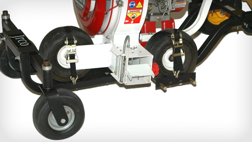 The Blower  Attaches to the buggy with three ratchet straps.