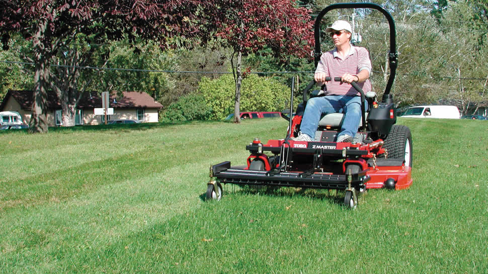 No need to lift Tine Rake Dethatcher to turn!  The flexible tines allow zero-turning without damaging the lawn.
