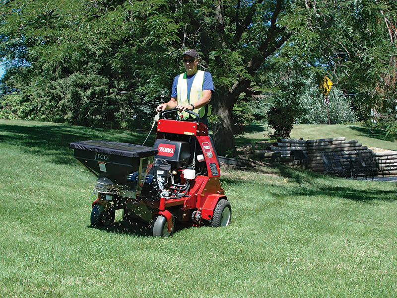 Broadcast Spreader For Walk Behinds And Stand Ons 504